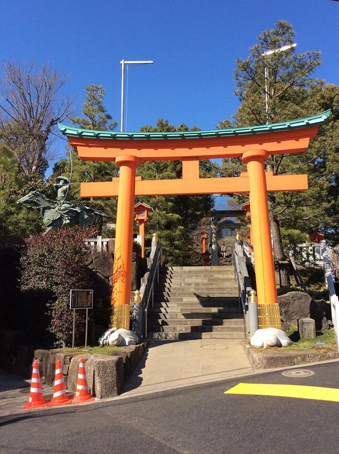 戸山公園で流鏑馬神事を行うことから、新宿区の無形民俗文化財として知られる穴八幡宮。Iさんもご家族でよく訪れているそう。